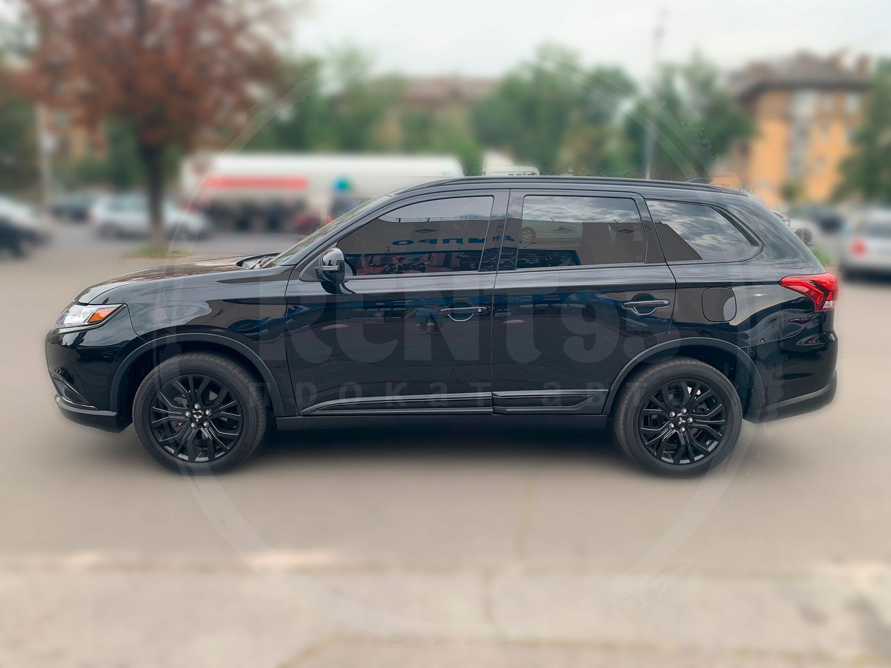 Оренда Mitsubishi Outlander limited black edition