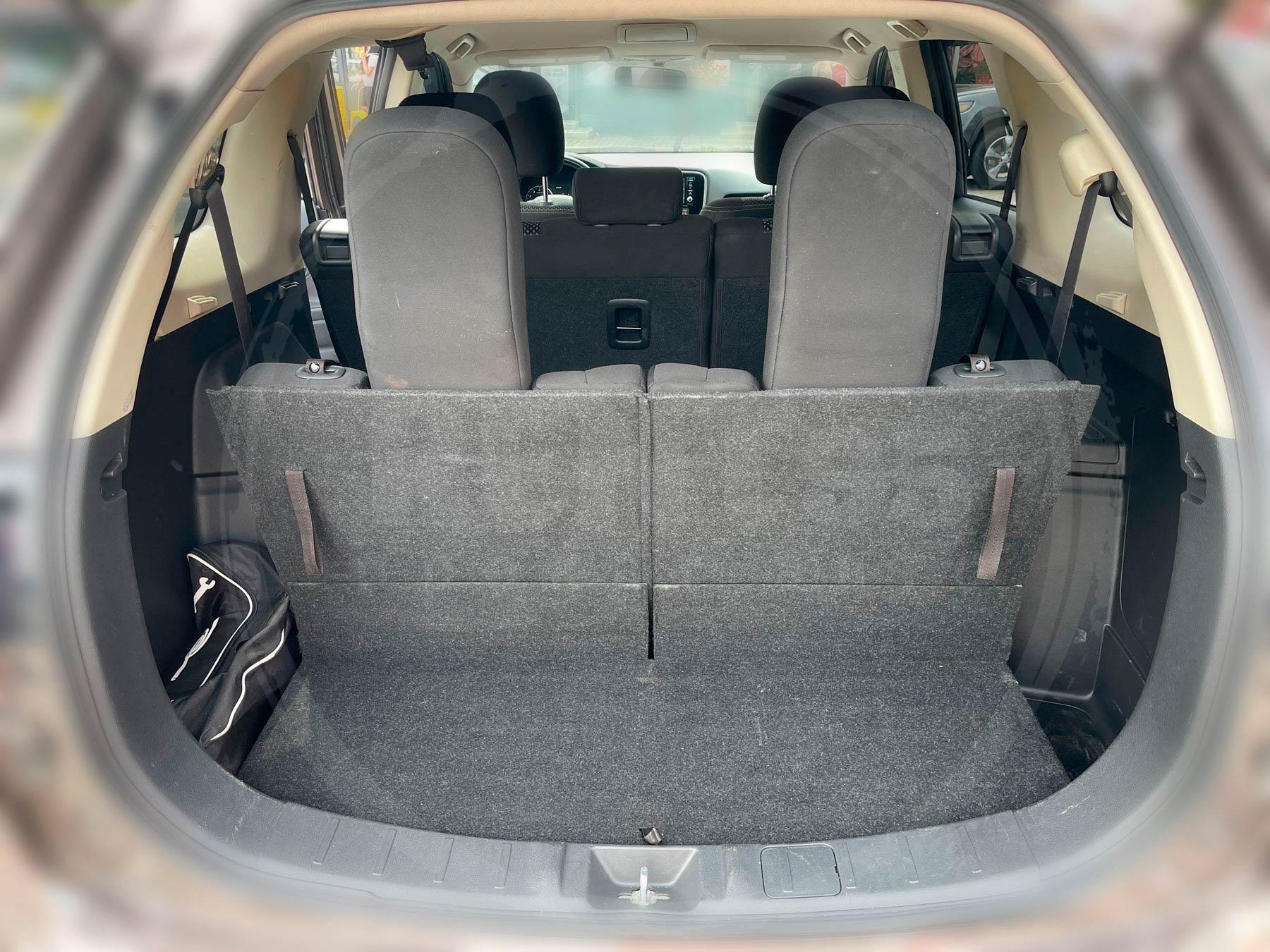 Оренда Mitsubishi Outlander SE