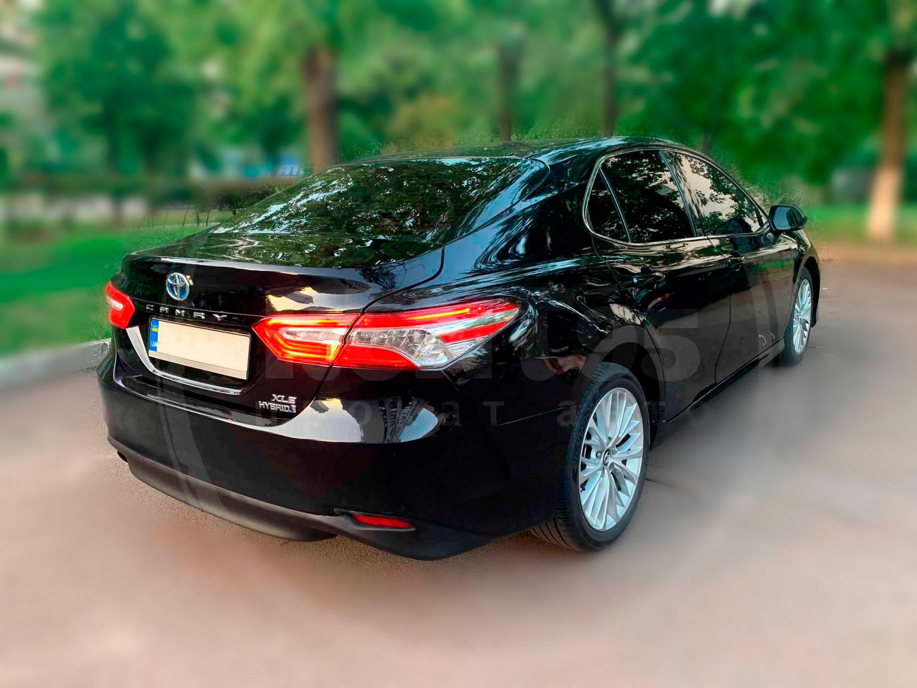 Аренда Toyota Camry xv70 hybrid