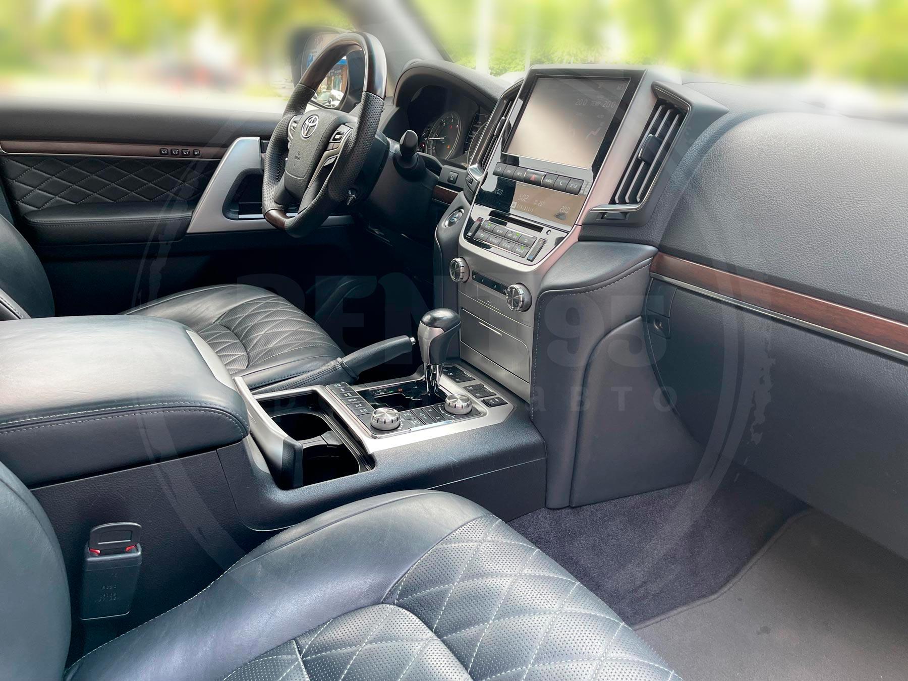 Оренда Toyota Land Cruiser 200