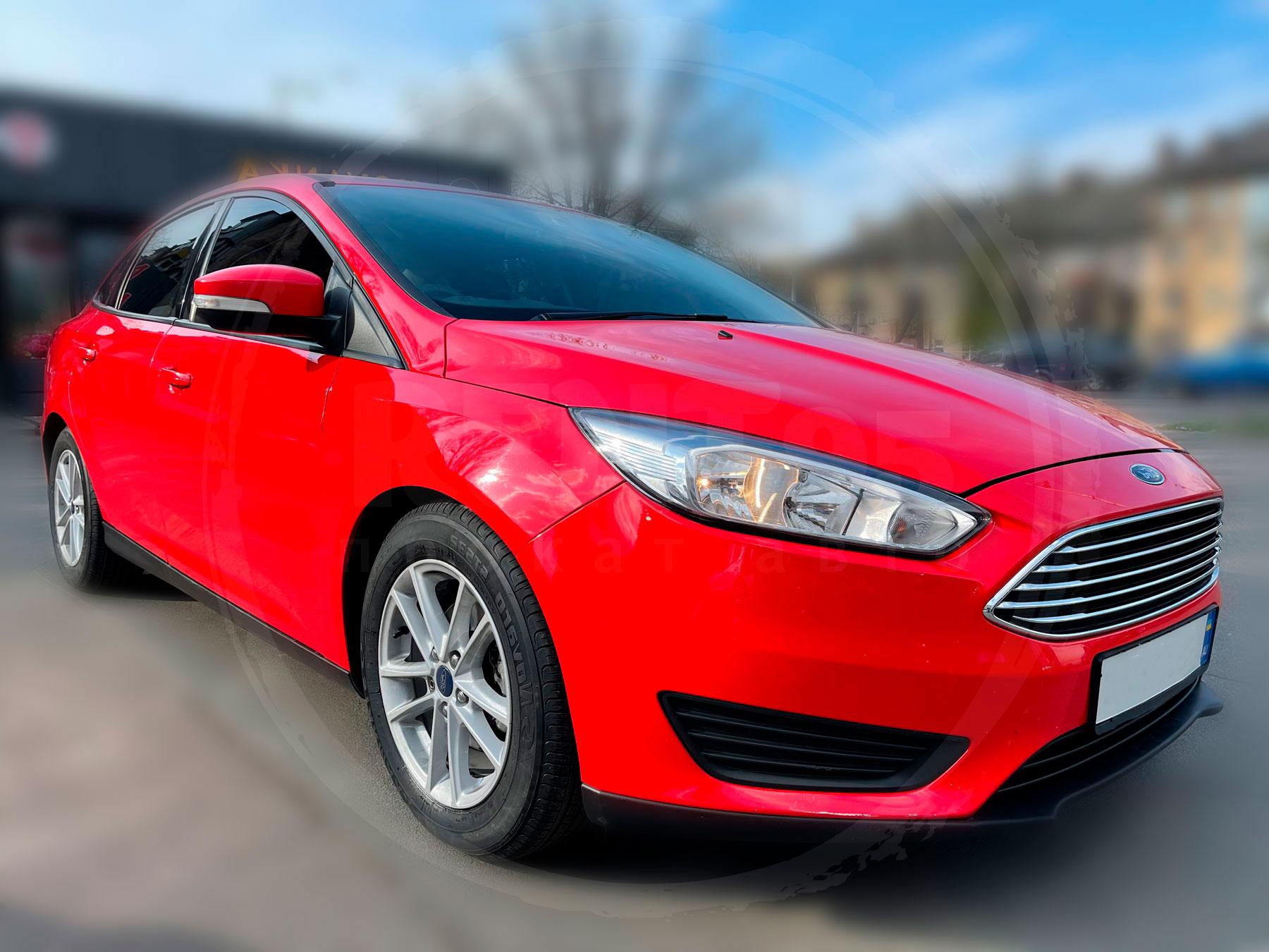 Оренда Ford Focus SE RED