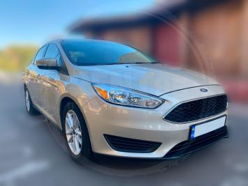 Rent Ford Focus SE