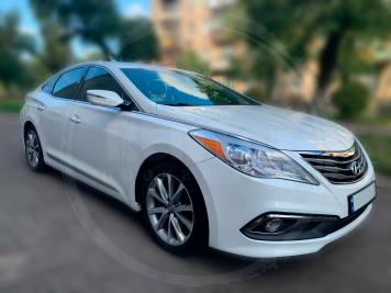 Rent Hyundai Azera