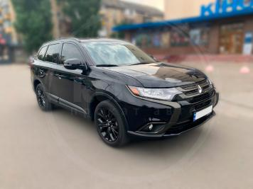 Аренда Mitsubishi Outlander limited black edition